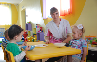 kindergarten staff in kindergarten Ladooshki in Yuzhno-Sakhalinsk- photo 2